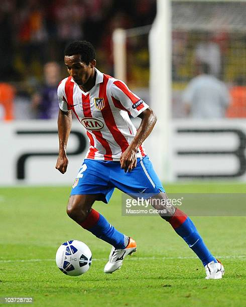 Paulo Assuncao of Atletico de Madrid in action during the UEFA Super Cup match between FC Inter Milan and Atletico de Madrid at Louis II Stadium on...