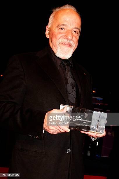 Paulo Coelho Verleihung Hessischer Film und Kinopreis 2008 Alte Oper Frankfurt Hessen Deutschland Europa Filmpreis roter Teppich Schriftsteller Autor...