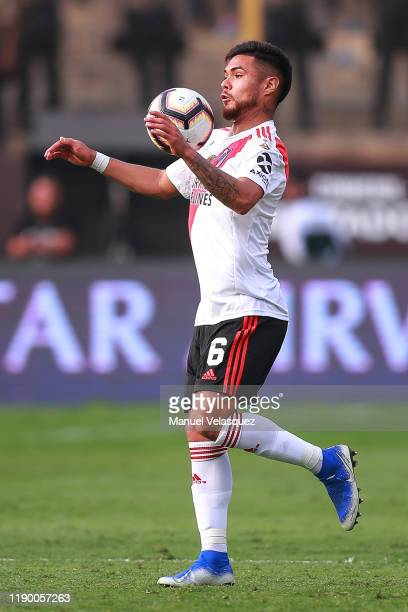 Paulo Diaz of River Plate controls the ball during the final match of Copa CONMEBOL Libertadores 2019 between Flamengo and River Plate at Estadio...