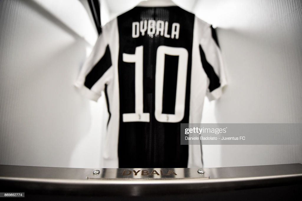 innovative design 90ddf 90a98 Paulo Dybala jersey during the UEFA Champions League group D ...