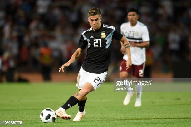 Paulo Dybala of Argentina controls the ball during a friendly match between Argentina and Mexico at Malvinas Argentinas Stadium on November 20 2018...