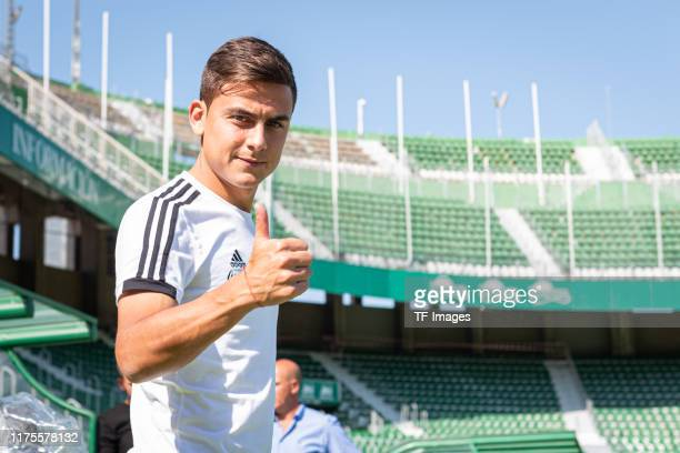 Paulo Dybala of Argentina looks on piror to the UEFA Euro 2020 qualifier between Ecuador and Argentina on October 13, 2019 in Elche, Spain.