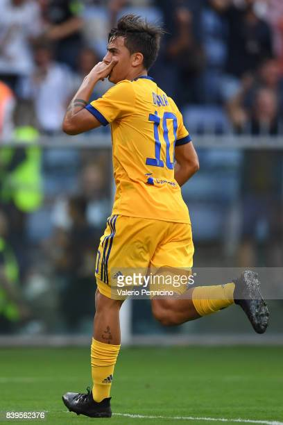 Paulo Dybala of Juventus celebrates a goal during the Serie A match between Genoa CFC and Juventus at Stadio Luigi Ferraris on August 26 2017 in...