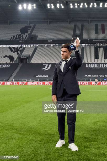 Paulo Dybala of Juventus celebrates MVP of the month before the Serie A match between Juventus and UC Sampdoria at Allianz Stadium on September 20...