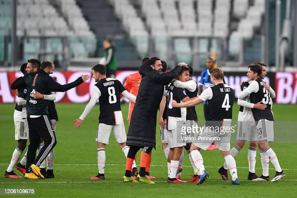 Paulo Dybala of Juventus celebrates victory with team mates at the end of the Serie A match between Juventus and FC Internazionale at Allianz Stadium...