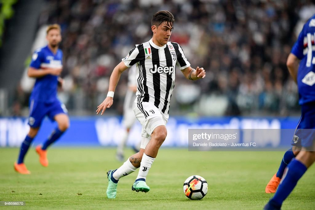 Paulo Dybala of Juventus in action during the serie A match between Juventus and UC Sampdoria at Allianz Stadium on April 15, 2018 in Turin, Italy.