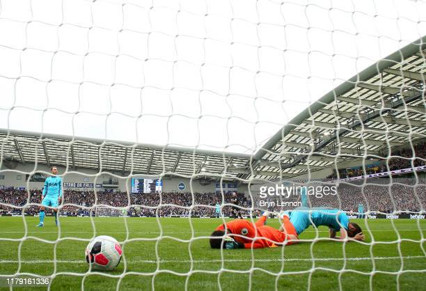 Paulo Gazzaniga and Jan Vertonghen of Tottenham Hotspur looks dejected after conceding during the Premier League match between Brighton Hove Albion...