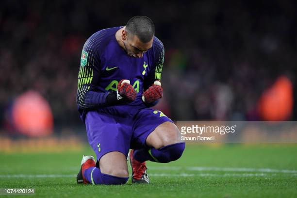 Paulo Gazzaniga of Tottenham Hotspur celebrates his team's second goal during the Carabao Cup Quarter Final match between Arsenal and Tottenham...