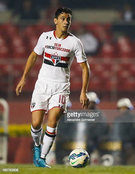 Paulo Henrique Ganso of Sao Paulo in action during the match between Sao Paulo and Ponte Preta for the Brazilian Series A 2015 at Morumbi stadium on...