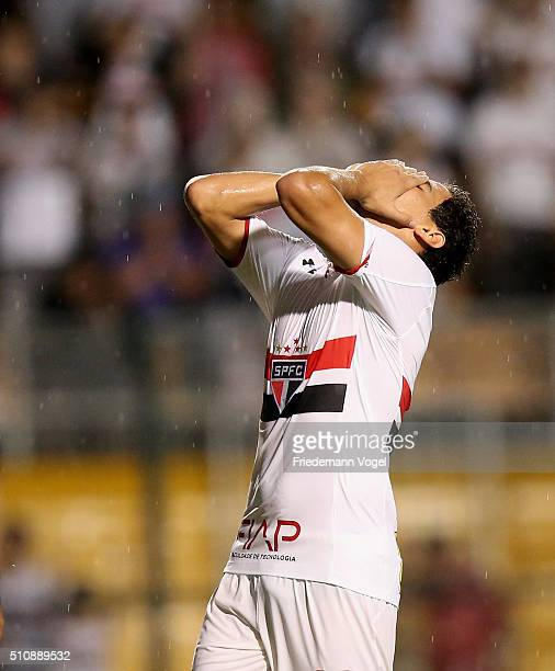 Paulo Henrique Ganso of Sao Paulo reacts during a match between Sao Paulo v The Strongest as part of Group 1 of Copa Bridgestone Libertadores at...
