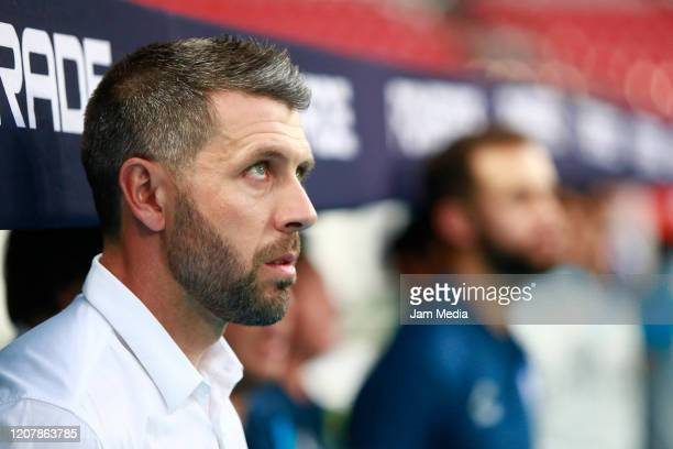 Paulo Pezzolano Head Coach of Pachuca looks on prior the 7th round match between Atlas and Pachuca as part of the Torneo Clausura 2020 Liga MX at...