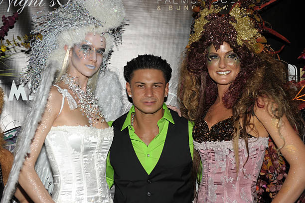Pauly D (C) arrives at  A Midsummer Night s Dream - Enchanted Lingerie  Masquerade f3a5c48db