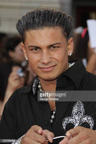 Pauly D arrives on the red carpet of the 21st Annual MuchMusic Video Awards at the MuchMusic HQ on June 20, 2010 in Toronto, Canada.