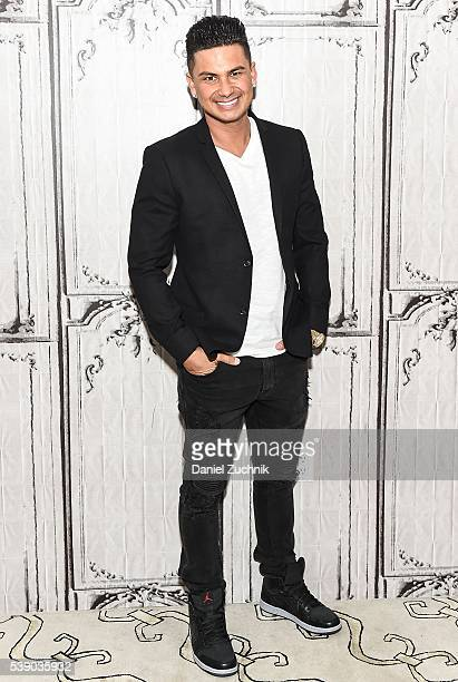 Pauly D attends AOL Build to discuss 'Famously Single' at AOL Studios on June 9 2016 in New York City