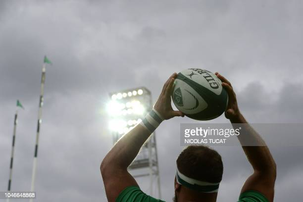 Pau's French hooker Lucas Rey gets ready to throw the ball for a line up during the French Top 14 rugby union match between Pau and Perpignan at the...