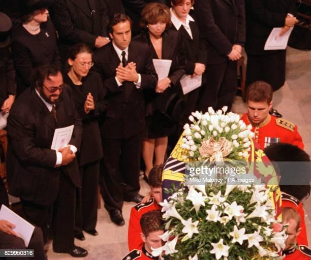 Pavarotti views the Princess Diana's coffin
