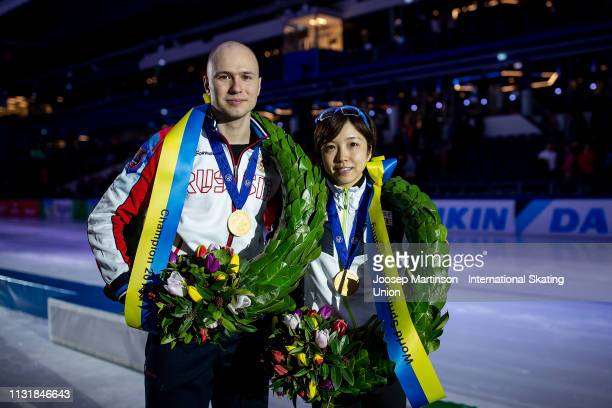 Pavel Kulizhnikov of Russia and Nao Kodaira of Japan pose after the medal ceremony during day 2 of the ISU World Sprint Speed Skating Championships...