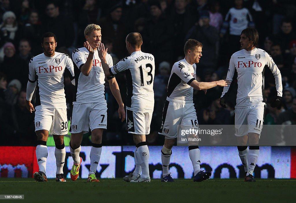 Fulham v Stoke City - Premier League : News Photo