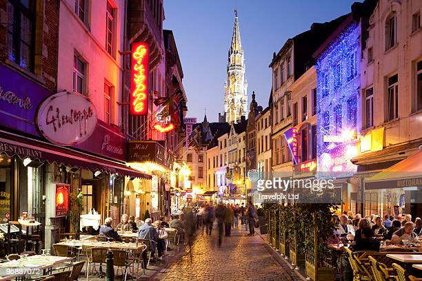 pavement cafes - brussels capital region stock pictures, royalty-free photos & images