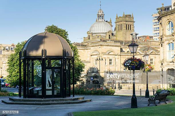 pavilion and royal baths, harrogate - harrogate stock pictures, royalty-free photos & images