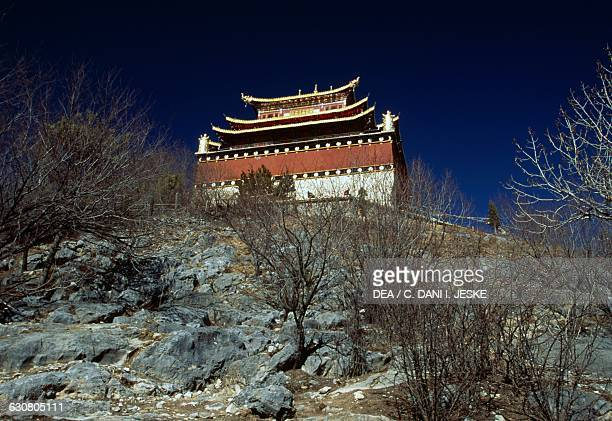 Pavilion of the Ganden Sumtseling monastery in Shangri-La, also known as Zhongdian or Gyalthang, Yunnan. China, 17th century.