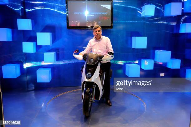 Pawan Munjal Managing Director CEO of Hero MotoCorp ltd launch a hybrid concept scooter LEAP at Auto expo in New Delhi