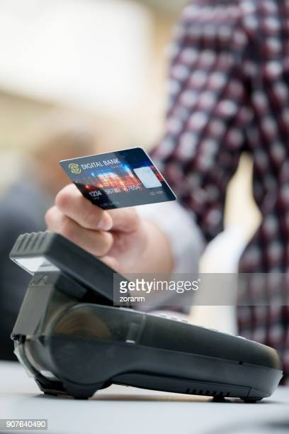 Paying contactless using credit card