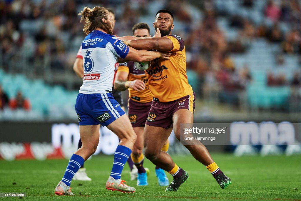 NRL Rd 25 - Bulldogs v Broncos : Photo d'actualité