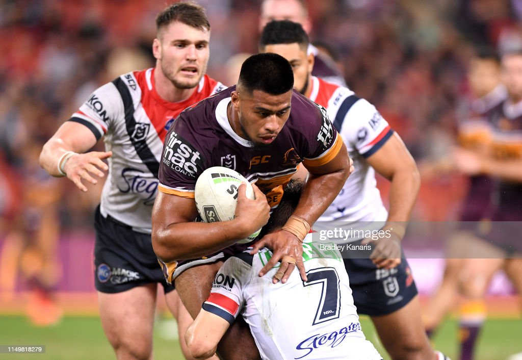 NRL Rd 10 - Broncos v Roosters : News Photo