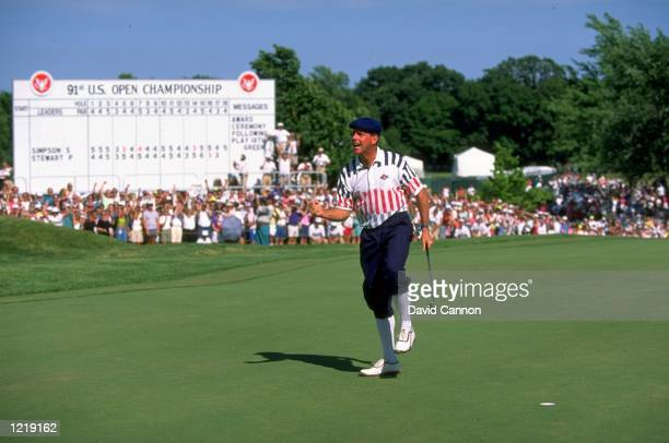 Payne Stewart of the USA celebrates after holing his putt on the 18th green during the US Open at the Hazeltine National Golf Club in Minneapolis...