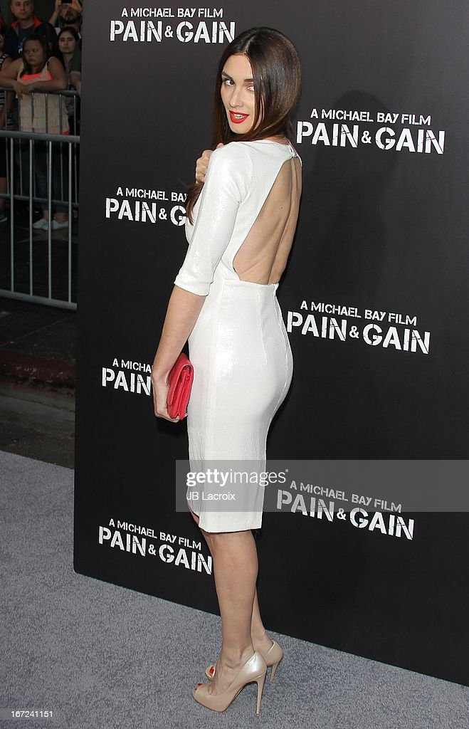 Paz Vega attends the 'Pain & Gain' premiere held at TCL Chinese Theatre on April 22, 2013 in Hollywood, California.