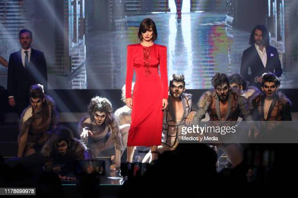 Paz Vega performs during the presentation of new Televisa's soap opera 'Cuna de Lobos' at Televisa San Angel on October 2 2019 in Mexico City Mexico