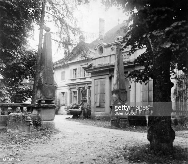 Pädagoge Schul und Sozialreformer Philosoph Politiker Schweiz Haus Kleegarten in dem Pestalozzi seine landwirtschaftliche Ausbildung erhielt Robert...