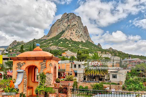 peña de bernal, or bernal's peak or boulder, in mexico - queretaro state stock pictures, royalty-free photos & images