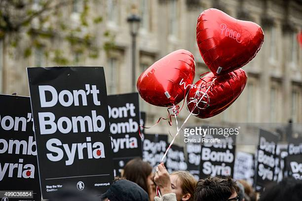 dont bomb syria photos et images de collection getty images. Black Bedroom Furniture Sets. Home Design Ideas