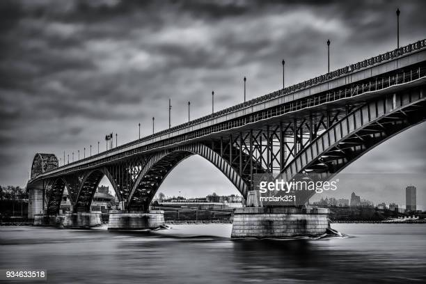peace bridge - buffalo new york state stock pictures, royalty-free photos & images