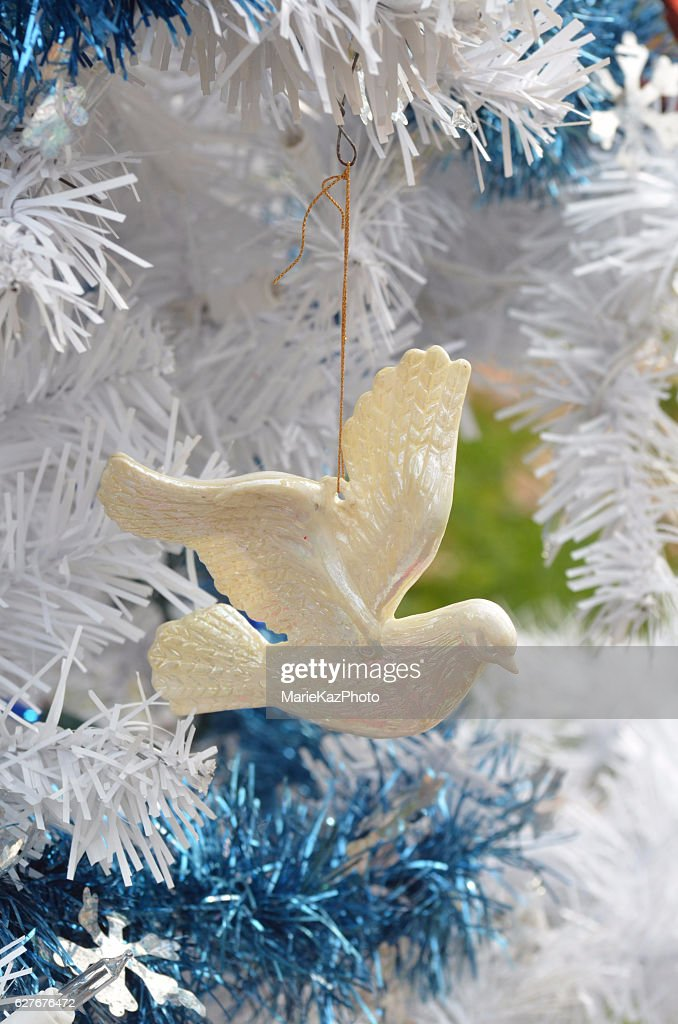 Peace Dove Symbol Christmas Tree Ornament Stock Photo Getty Images
