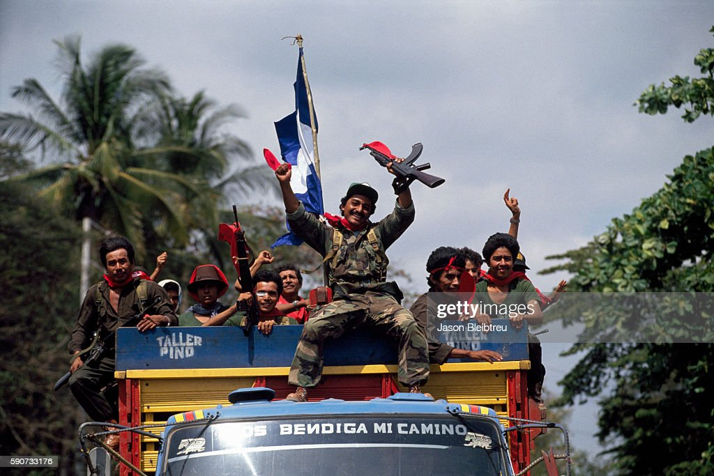 Peace in El Salvador Following the Civil War : News Photo