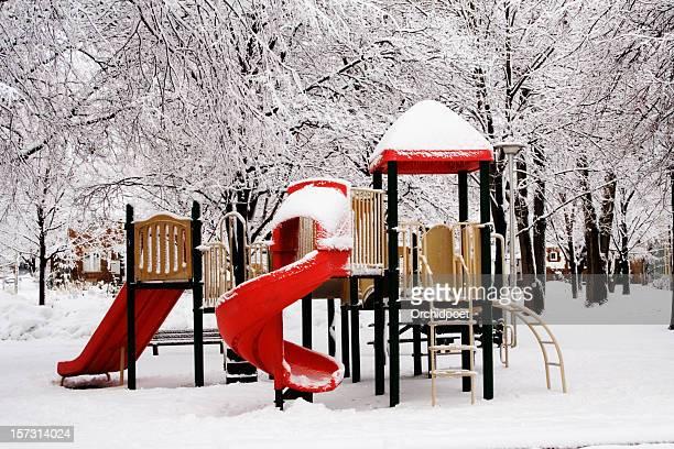 Peace on earth e kid's Parque Infantil
