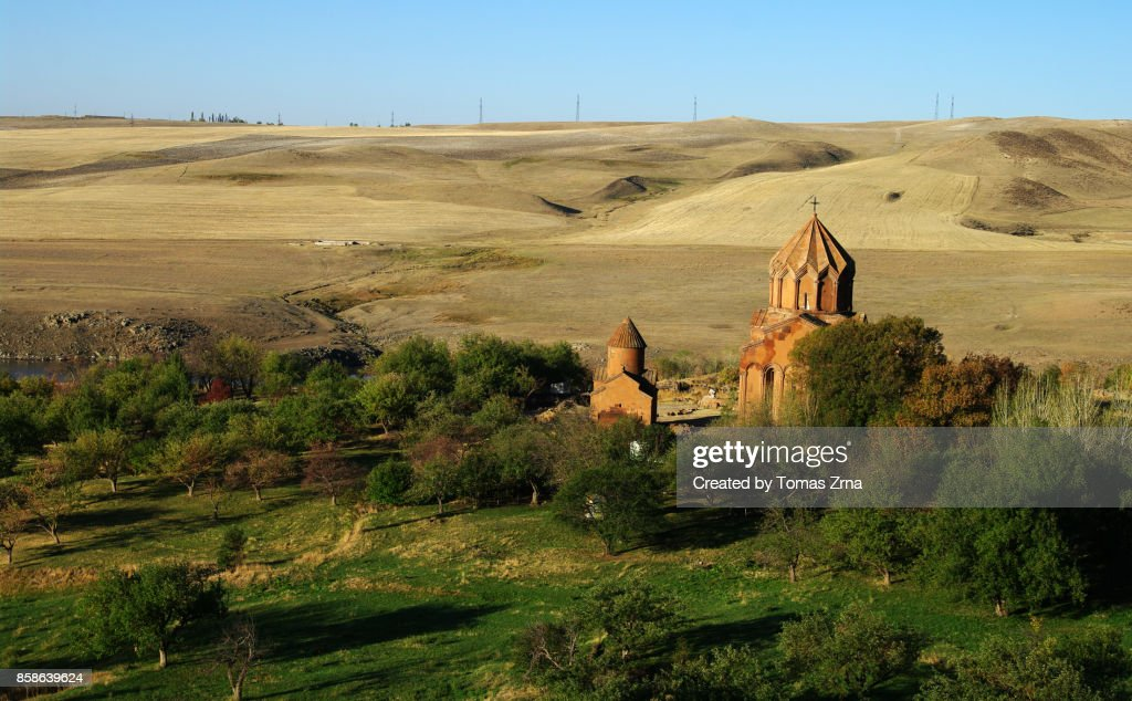 Peaceful evening at Marmashen monastery : Stock-Foto