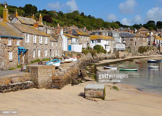 peaceful harbour in mousehole, cornwall - penzance stock pictures, royalty-free photos & images