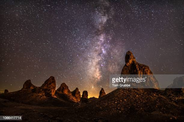 peaceful pinnacles - tom grubbe stock pictures, royalty-free photos & images