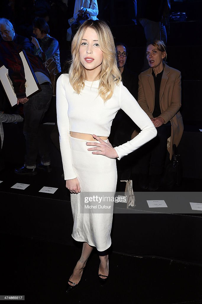 ETAM : Front Row  - Paris Fashion Week Womenswear Fall/Winter 2014-2015