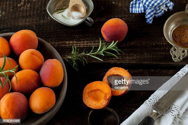 peaches on wooden board - carolafink stock photos and pictures