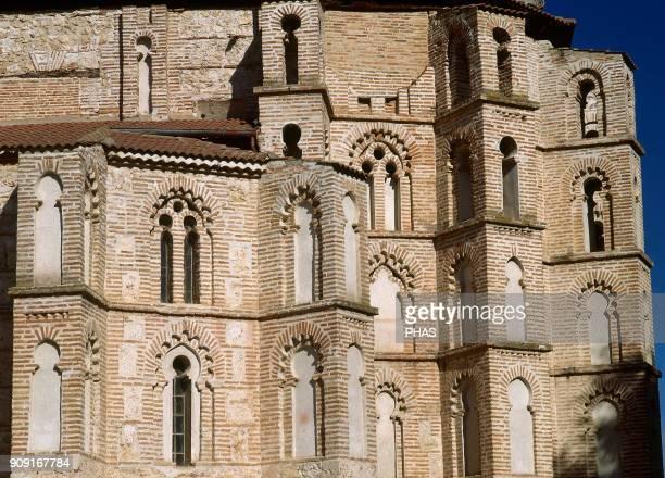 Peñafiel province of Valladolid Castile and Leon Spain San Pablo Monastery or Convent of San Pablo GothicMudejar apse detail 14th century The...