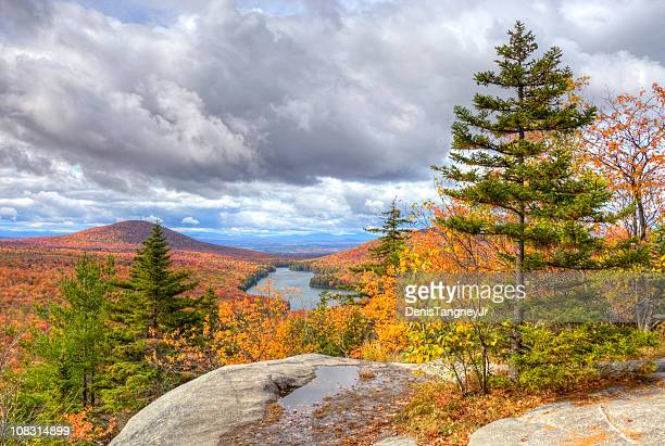 peak autumn foliage in vermont - herault stock pictures, royalty-free photos & images