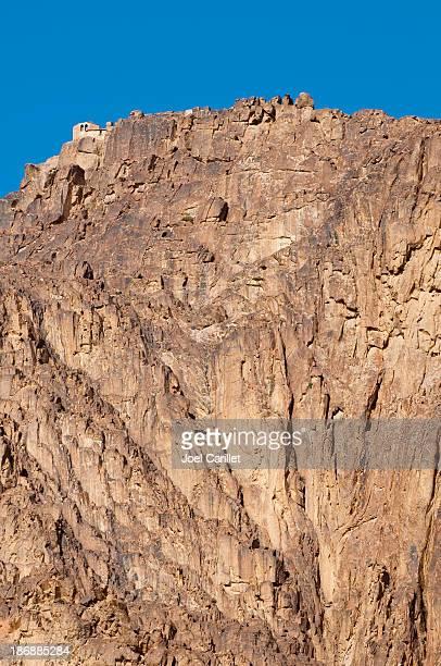 peak of mount sinai with chapel visible - sinai, egypt - mt sinai stock photos and pictures
