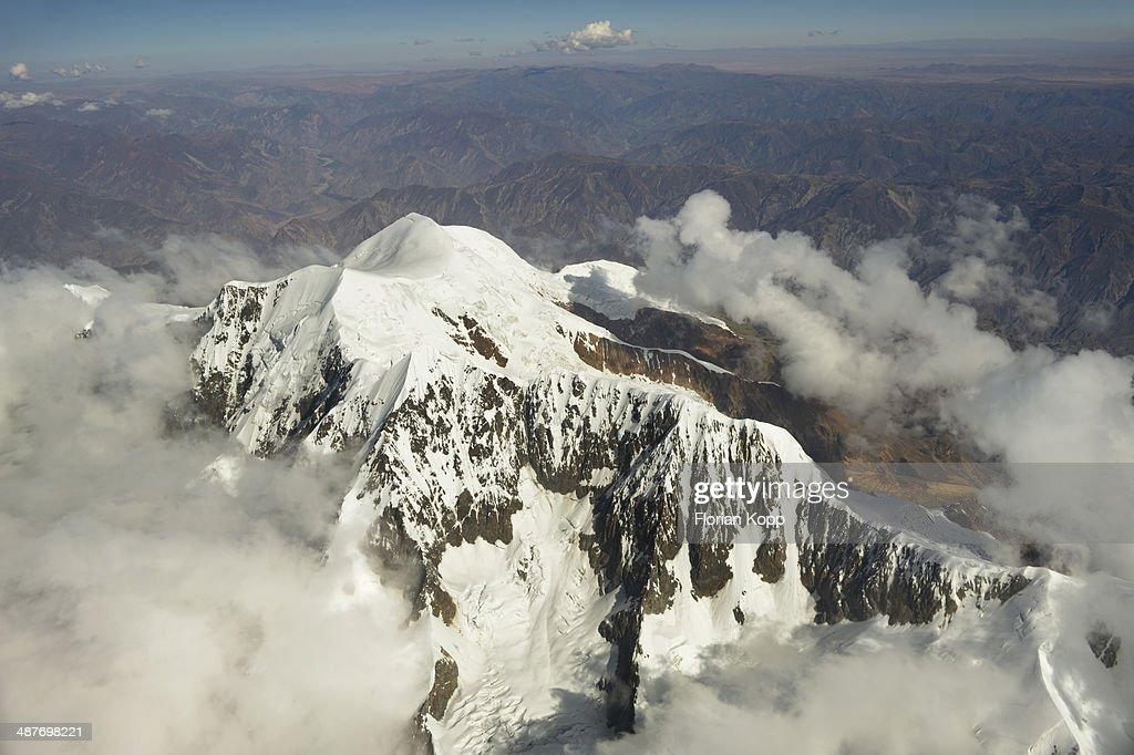Peak of the Illimani Glacier, 6439 m, view from an aircraft, Departamento La Paz, Bolivia : Stock Photo