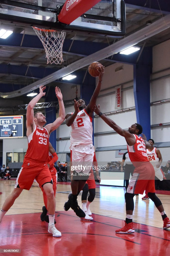 L.J. Peak #2 of the Maine Red Claws handles the ball during the NBA G-League Showcase Game 25 between the Memphis Hustle and the Maine Red Claws on January 13, 2018 at the Mississauga SportZone in Mississauga, Ontario Canada.