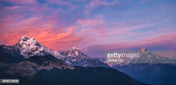 peaks of annapurna range in nepal